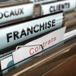 Absence de clause d'exclusivité territoriale dans un contrat de franchise
