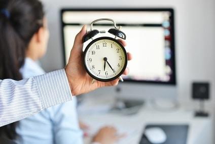 Non-paiement des heures supplémentaires : ne justifie pas automatiquement une prise d'acte de la rupture du contrat de travail