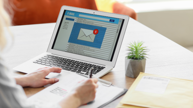 Un e-mail ne peut pas remplacer une lettre recommandée avec avis de réception.
