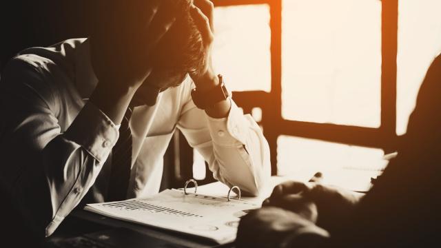 Négliger le recouvrement de factures peut constituer une faute de gestion